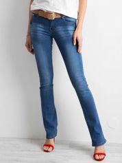 Ciemnoniebieskie jeansy boot-cut
