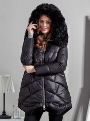 Czarna kurtka damska z ozdobnymi suwakami