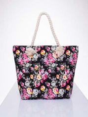 Czarna plażowa torba w kwiaty na sznurku