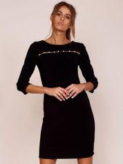 Czarna sukienka z aplikacją z perełek