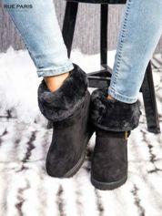 Czarne ocieplane śniegowce na koturnie z futrzanym kołnierzem