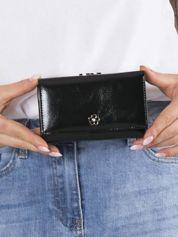 Czarny mały portfel skórzany