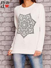 Ecru bluza z ornamentowym nadrukiem
