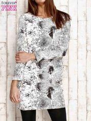 Ecru sukienka z motywem skóry węża i brokatową aplikacją
