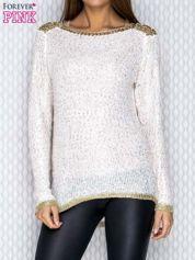 Ecru sweter ze złotymi wstawkami