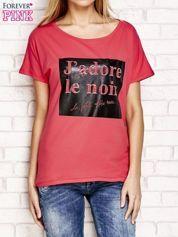 Fuksjowy t-shirt z napisem J'ADORE LE NOIR