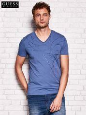 GUESS Ciemnoniebieski t-shirt męski z abstrakcyjnym nadrukiem