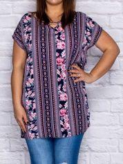 Granatowa bluzka koszulowa w etniczne motywy