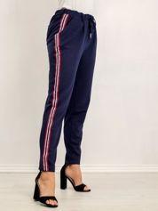 Granatowe spodnie Nancy