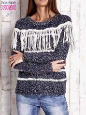 Granatowy wełniany sweter z frędzlami