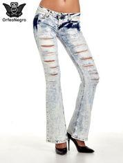 Jasnoniebieskie spodnie jeasnowe dzwony cut out