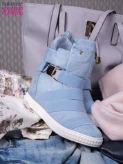 Jasnoniebieskie zamszowe sneakersy bandage z klamerką Lucky