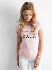 Jasnoróżowy t-shirt damski z napisem