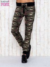 Khaki spodnie dresowe moro ze ściągaczem