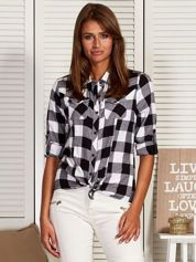 Koszula w kratę z asymetrycznymi kieszeniami czarna