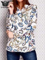 Niebieska koszula w kwiatowe wzory