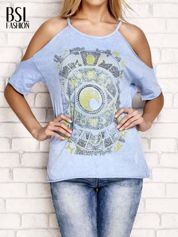 Niebieski t-shirt cut out shoulder z azteckim nadrukiem