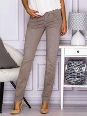 Proste spodnie z kieszeniami szare