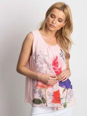 Różowa bluzka koszulowa z motywem floral print