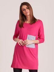 Różowa tunika o luźnym kroju z kieszenią