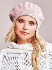 Różowy beret z aplikacją