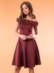 Sukienka bordowa z perełkami