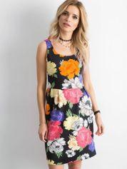 Sukienka w duże kolorowe kwiaty