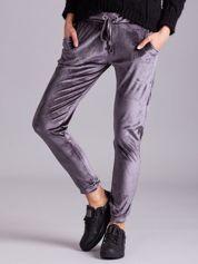 Szare aksamitne spodnie