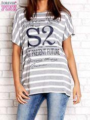 Szaro-biały t-shirt w paski z napisem DAYDREAM NATION