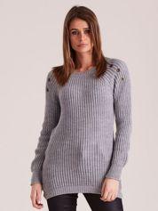 Szary damski dzianinowy sweter