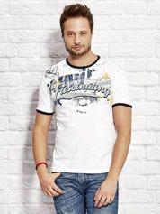 T-shirt męski z motywem urban print biały