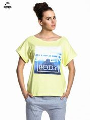 Zielony t-shirt z napisem MIND OVER BODY