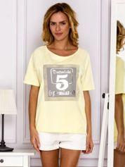 Żółta bluzka z cyfrą 5