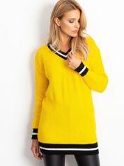 Żółty luźny sweter V-neck z kontrastowymi ściągaczami