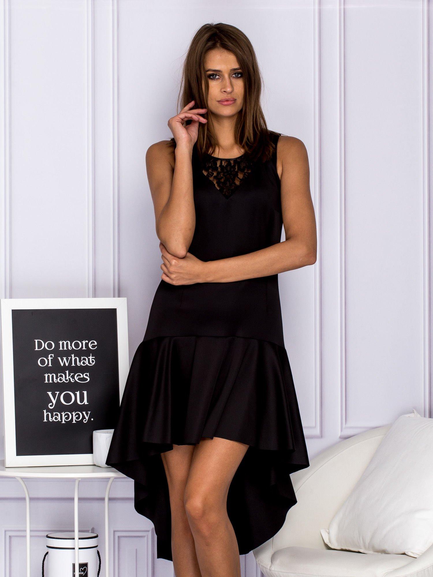 12483e742b Asymetryczna sukienka wieczorowa z koronkowym dekoltem czarna - Sukienka  rozkloszowana - sklep eButik.pl