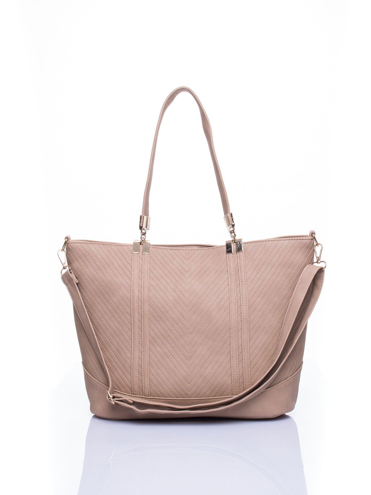 Beżowa fakturowana torebka damska ze złotymi okuciami                                  zdj.                                  2