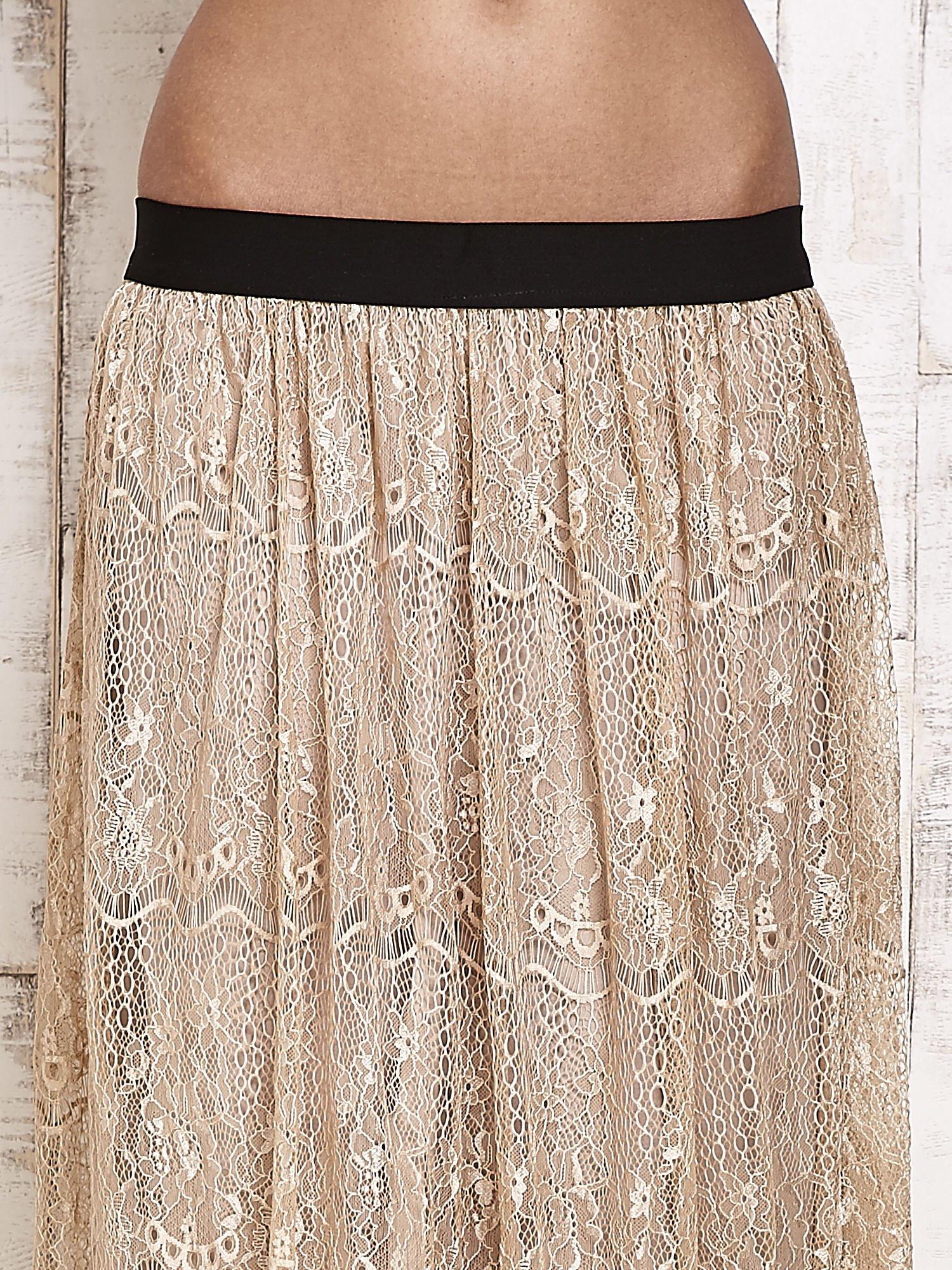 866550520612 Beżowa koronkowa spódnica maxi - Spódnica plisowana - sklep eButik.pl