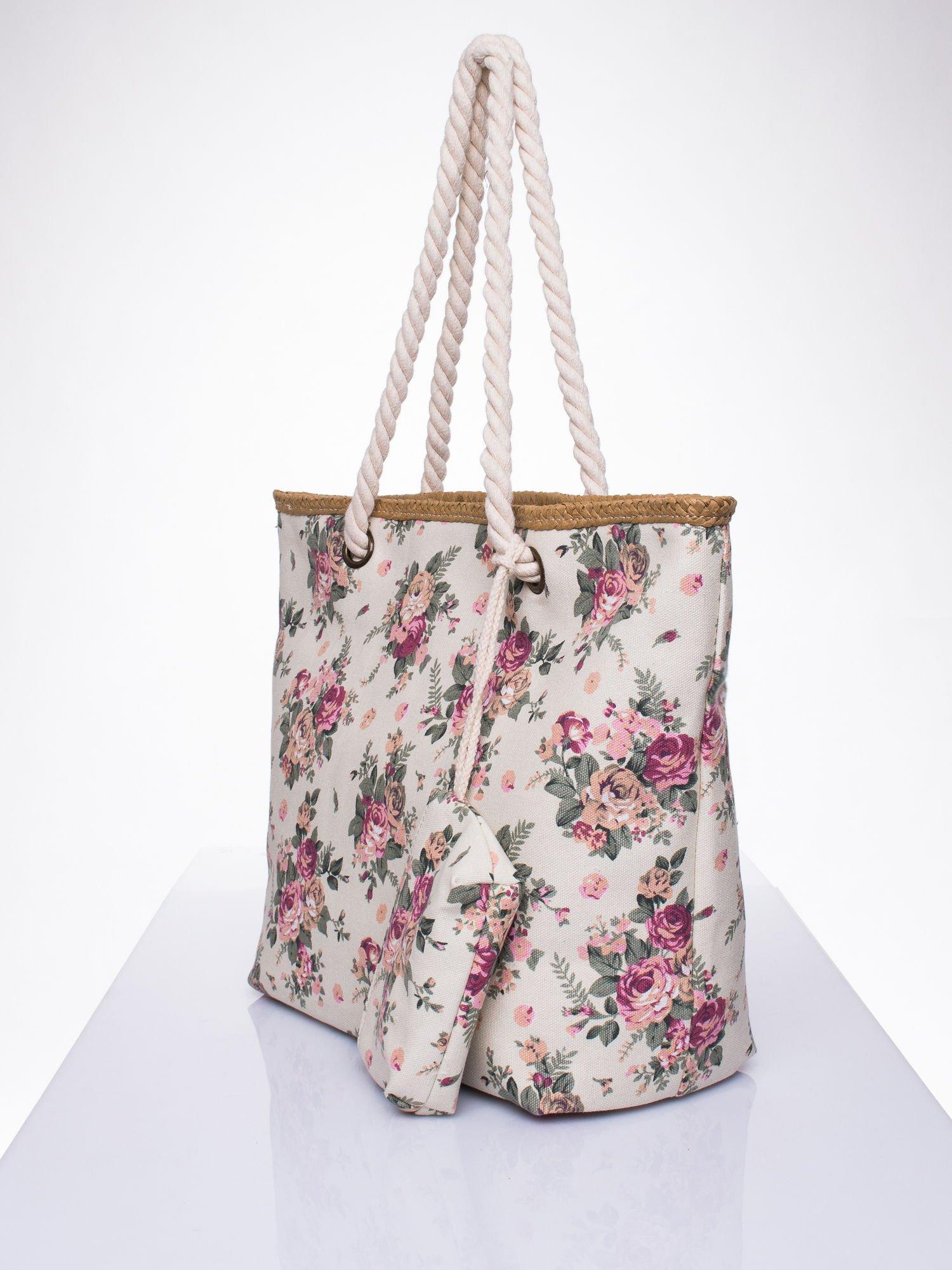 Beżowa plażowa torba w kwiaty na sznurku                                  zdj.                                  2