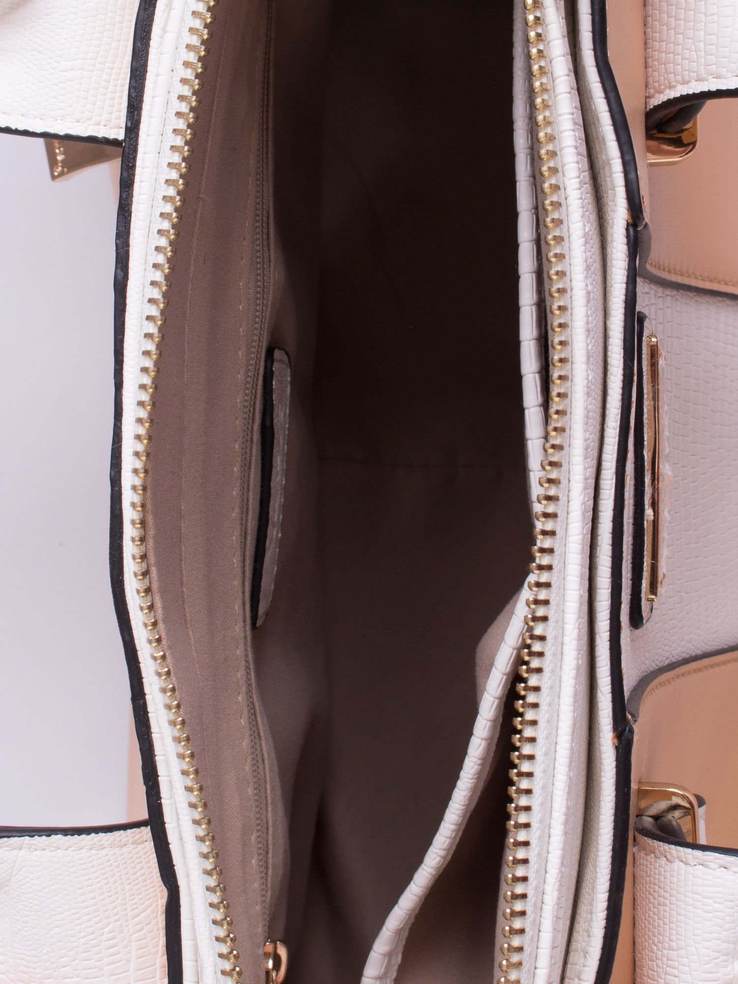 Beżowo-biała torba two tone z odpinanym paskiem                                  zdj.                                  4