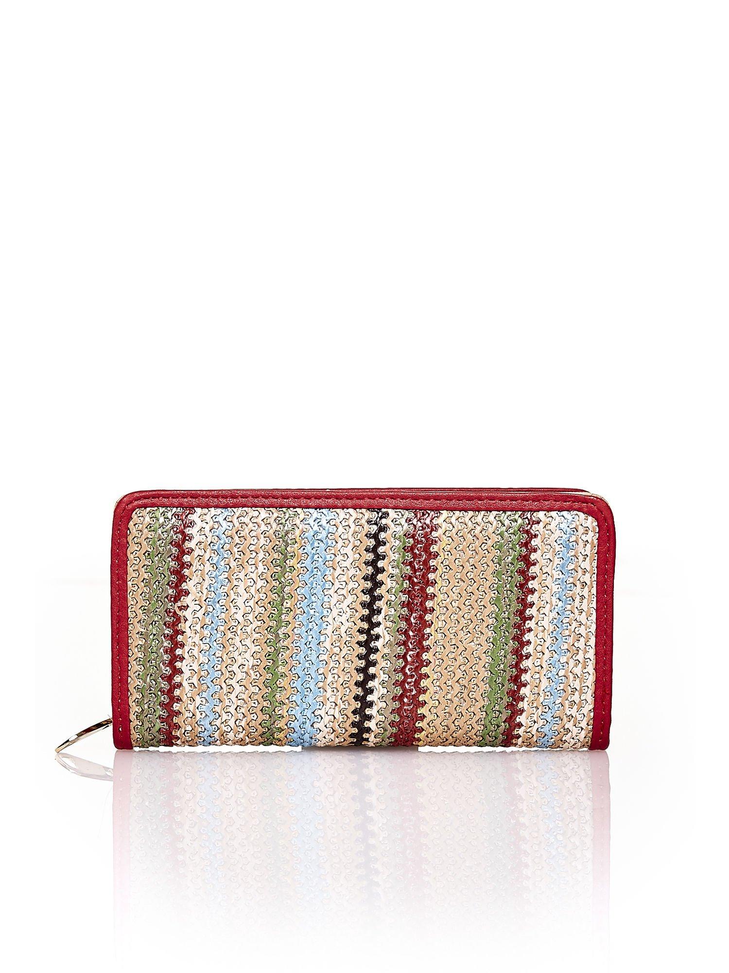 Beżowy pleciony portfel w pionowe czerwone paski                                  zdj.                                  1
