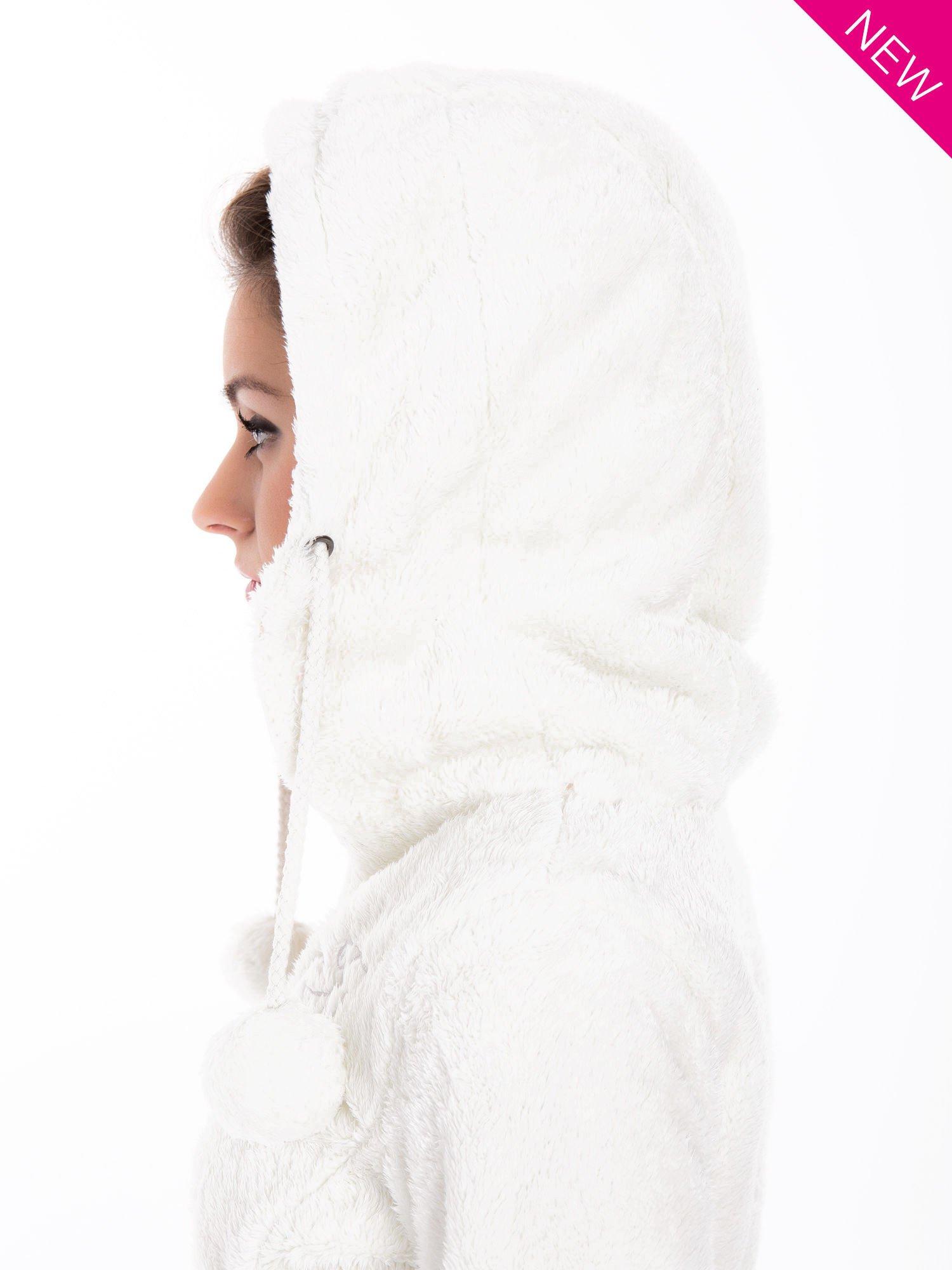 Biała bluza polarowa z kapturem z pomponikami                                  zdj.                                  11