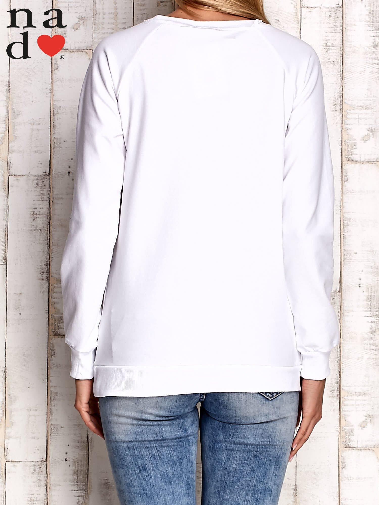 Biała bluza z nadrukiem słonia                                  zdj.                                  2