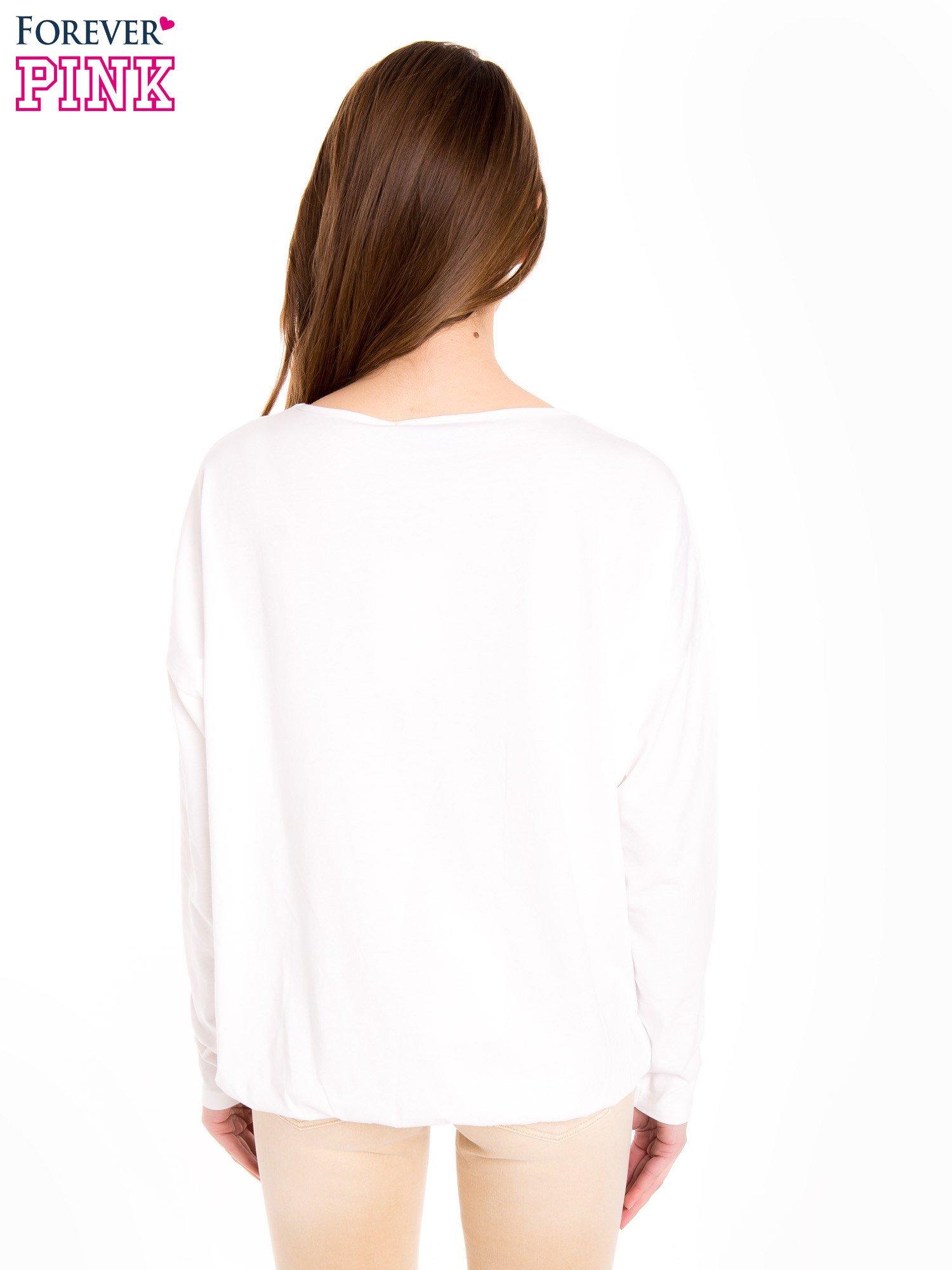 Biała bluzka z gumką u dołu                                  zdj.                                  3