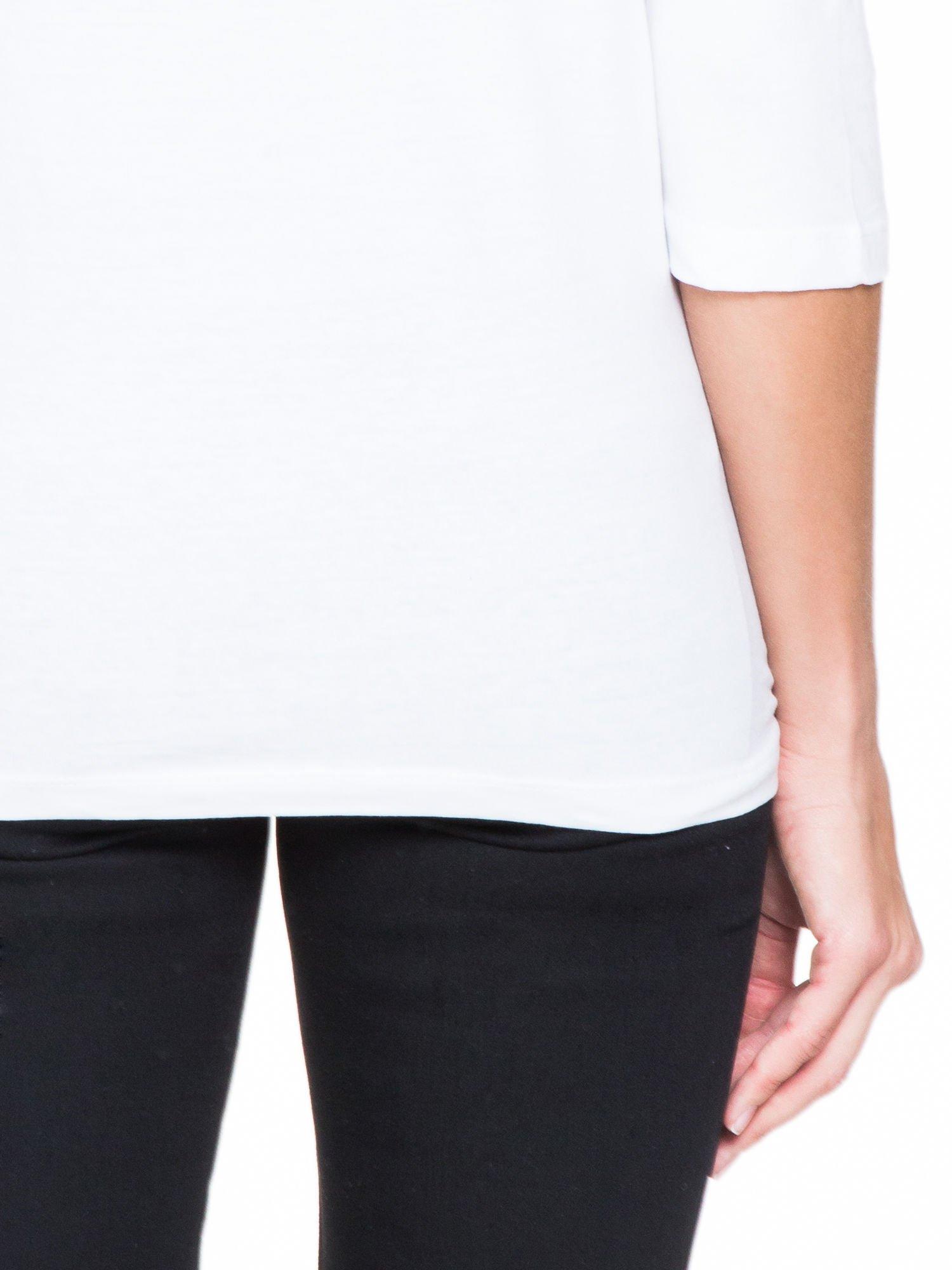 Biała bluzka z koronkową wstawką na ramionach                                  zdj.                                  8