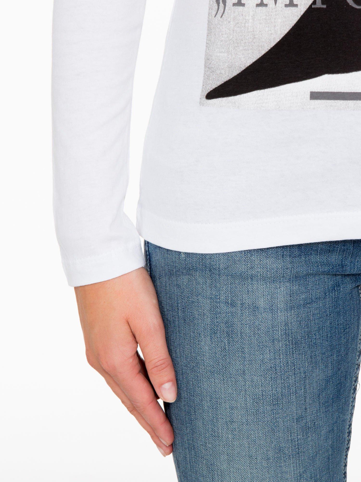Biała bluzka z nadrukiem Audrey Hepburn                                  zdj.                                  7