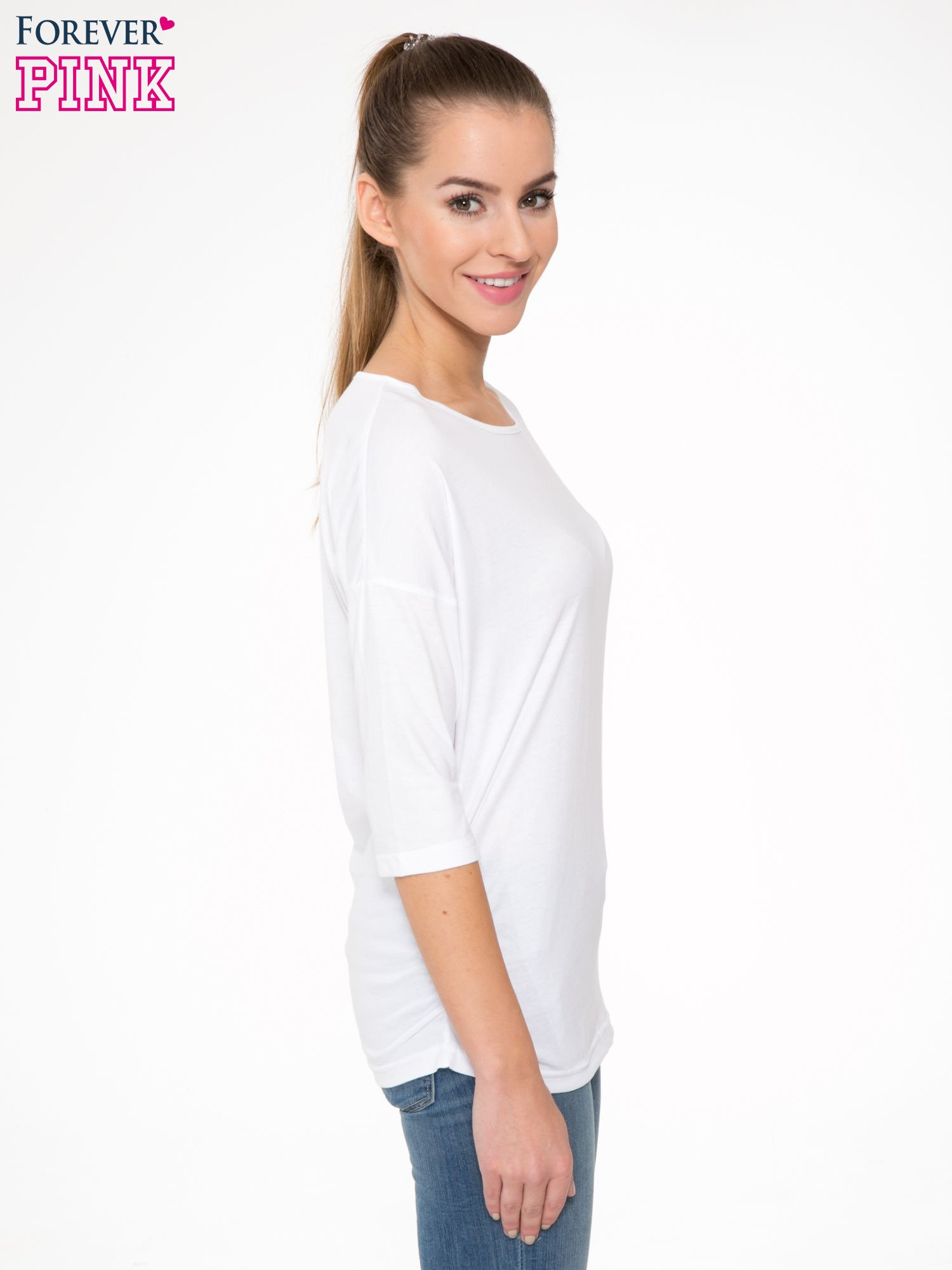Biała luźna bluzka z rękawem 3/4                                  zdj.                                  3
