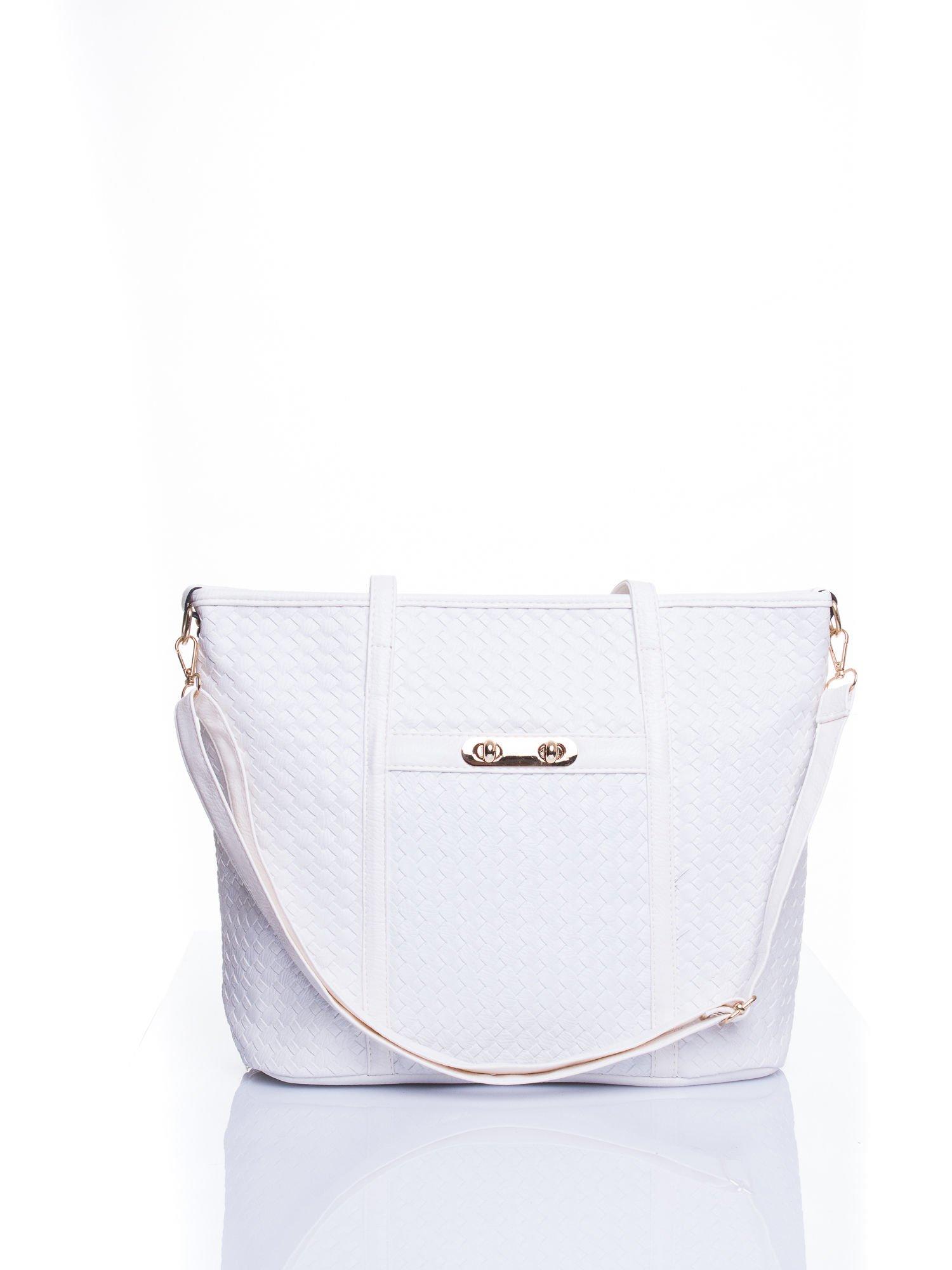 Biała pleciona torba shopper bag ze złotym detalem                                  zdj.                                  1