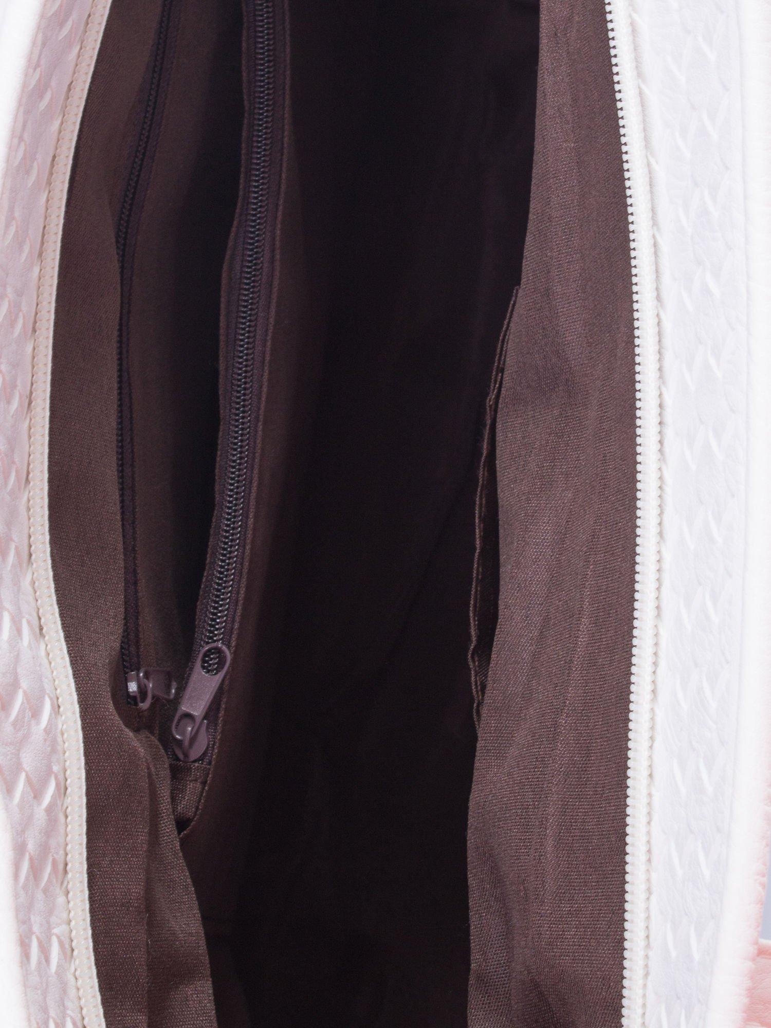 Biała pleciona torba shopper bag ze złotym detalem                                  zdj.                                  5
