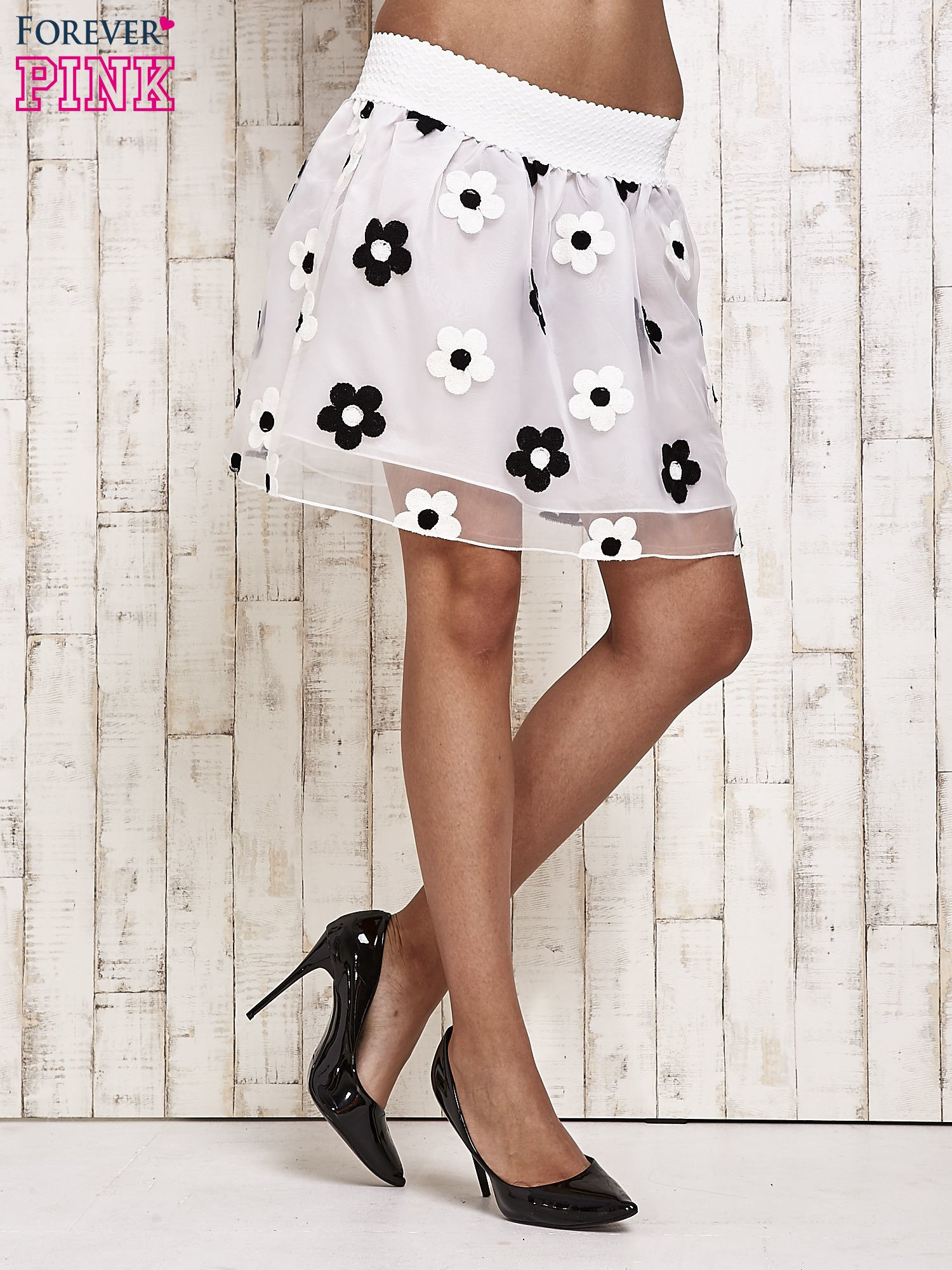 Biała spódnica mini w kwiaty                                  zdj.                                  2