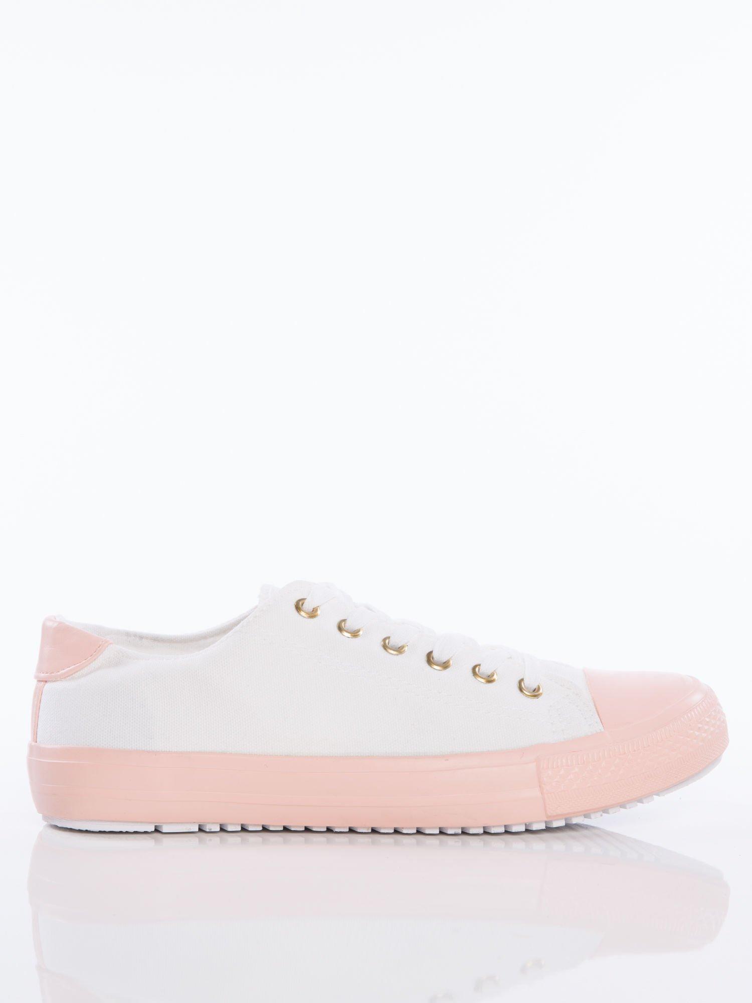 20ee13a16719d 1; Białe materiałowe trampki z pastelowo-różową podeszwą i gumową wstawką  na przodzie ...